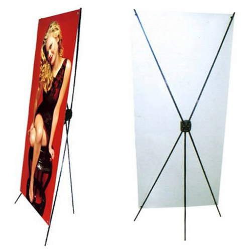 DISPLAY C/ LONA IMPRESA DE 0,80 CM X 1,80 M